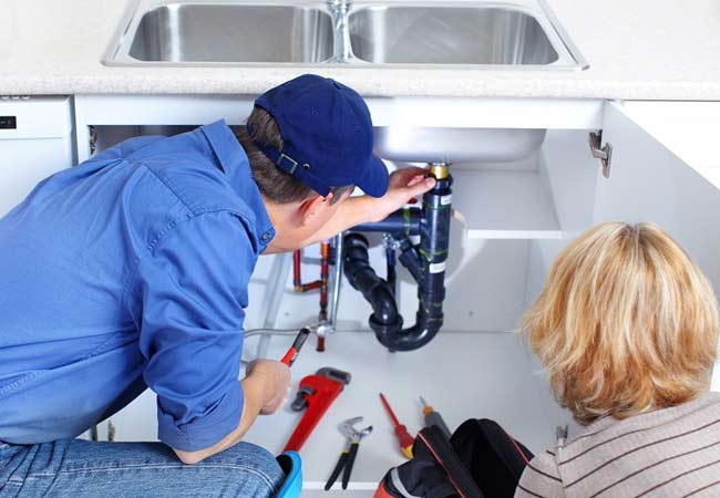 How to Pick the Best Emergency Plumber? - Hope My Worlds