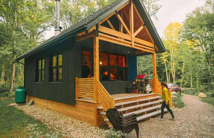 What led to the establishment of Pigeon Forge Vacation Rentals