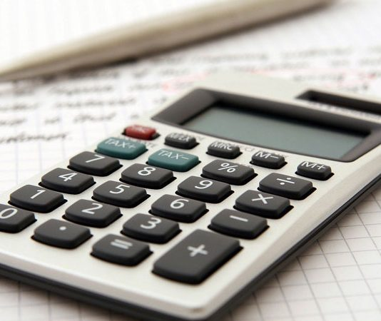 CHOOSING THE RIGHT FINANCIAL ADVISOR TO HELP YOU